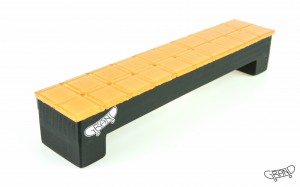 GF Bench – Mosaics – orange/black