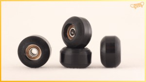 GF DoubleBearing wheels CENTRALIZED street 7.5  BLACK