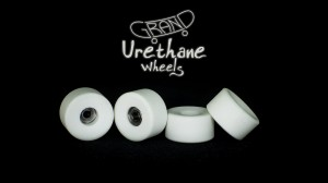 Grand Fingers Urethane bearing wheels MONSTER 9,66 - white